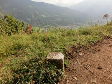 Vermessungspunkt bei Zams Österreich